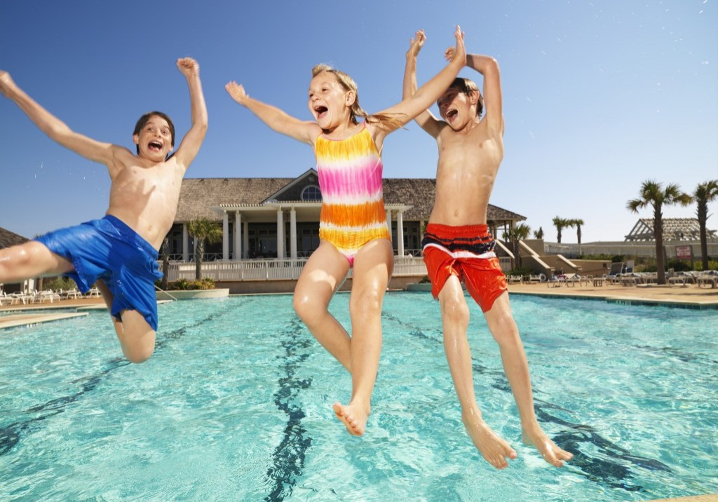 Kids-Jumping-Pool-1024x768